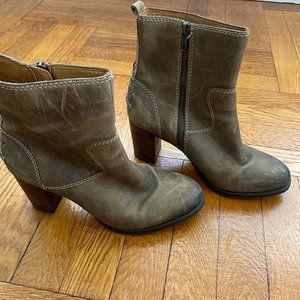 Sperry Zipper Heeled Boots Real Leather 3inch Heel